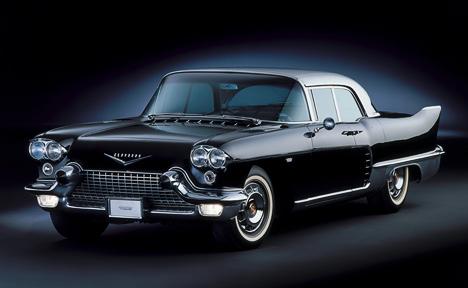 Cadillac Eldorado Brougham 1957года— машина класса «ультралюкс»— представляла собой так называемую halo model, которые выпускаются скорее ради рекламы, чем ради прибыли.