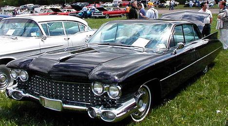 Над дизайном Cadillac Eldorado Brougham образца 1959года трудилось кузовное ателье Pininfarina.