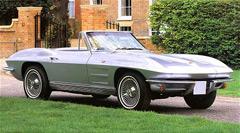 Chevrolet Corvette Stingray стал одним изсамых красивых ибыстрых автомобилей своего времени.