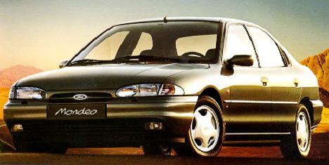 Ford Mondeo современем стал заменой Ford Scorpio, хотя поначалу иуступал ему вразмерах.