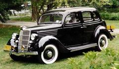 Ford Fordor Deluxe всвоё время был очень популярен.