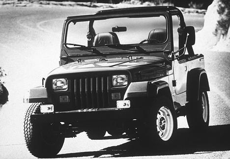 Jeep Wrangler, появившись в1986году, мгновенно становится хитом уамериканской молодёжи инетолько.