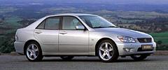 Компактный седан IS200стал особенно популярен вЕвропе.