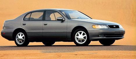 Для создания Lexus GS300японцы воспользовались услугами лучшего дизайнера столетия— Джорджетто Джуджаро.