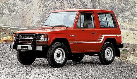 Настоящий внедорожник Mitsubishi Pajero— причина зависти конкурентов.