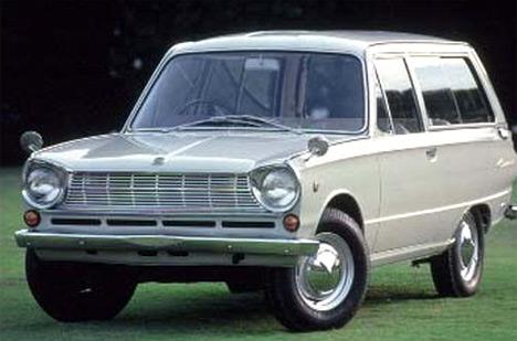 Кузов автомобиля Mitsubishi Colt 800Van больше напоминал универсал, нопоскольку имел лишь две боковые двери, получил название фастбек.